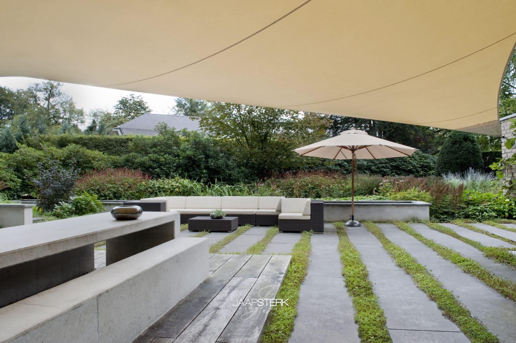 Renovatie Smalle Tuin : De tuin van het jaar verkiezing de hovenierscompetitie