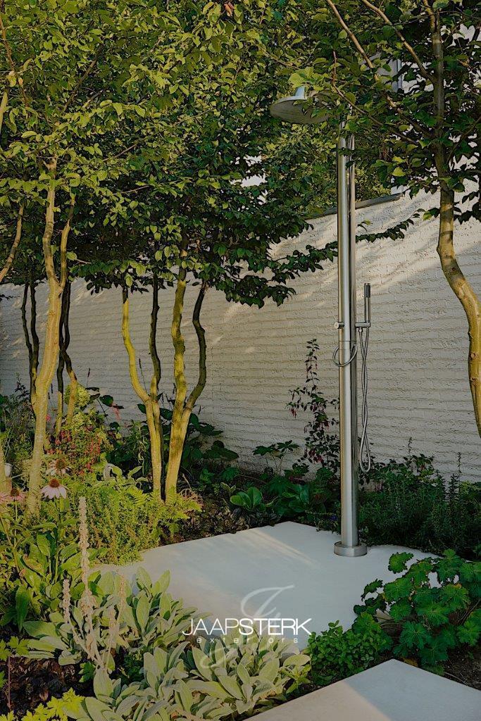 Moderne en strakke tuinarchitectuur Jee-O Fatline